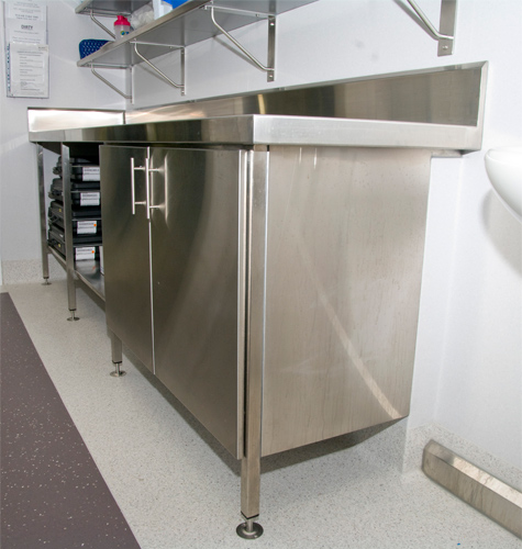 Western Stainless Solutions - Stainless Top and Cabinet